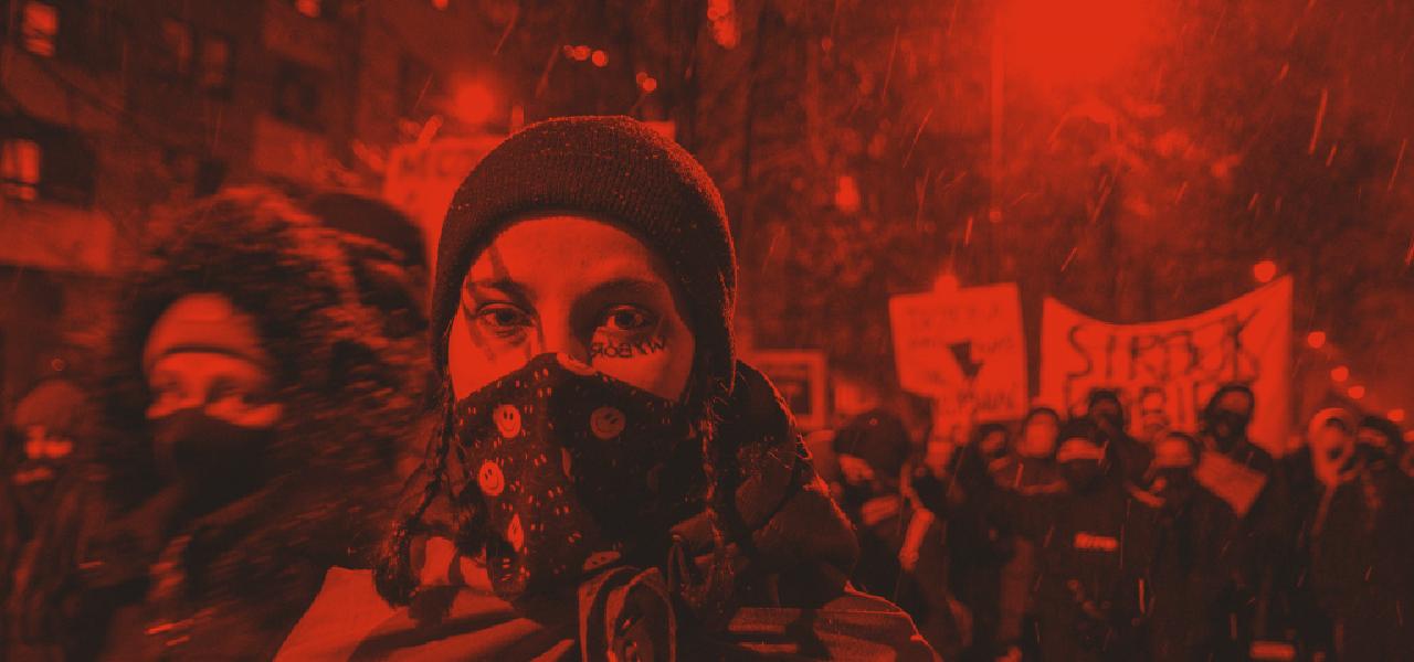 """You are currently viewing Minęło pół roku – Fundacja Równość.org.pl mówi """"sprawdzam"""". I pyta o protesty oraz policyjne represje"""